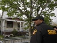 Police find chains but no human remains at Cleveland kidnap house