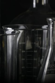Photo of Clear Glass Measuring Cup Lot · Free Stock Photo