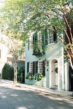 Charleston, SC//Photograph by Callie Davis (Call me Callie blog)