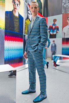 Jonathan Saunders s/s 2013.  The shoes make it. Oh yeah. ;-)