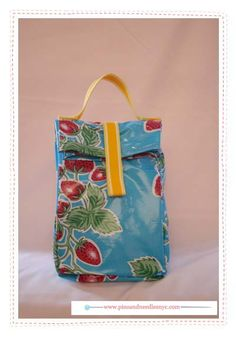 An easy to make lunch bag from Pins & Needles.
