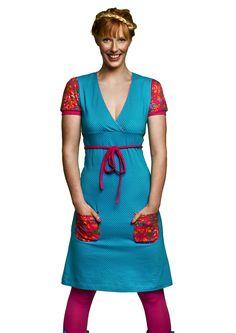 Schattig jurkje van een felblauwe polkadot tricot. Tante Betsy