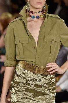 Ralph Lauren at New York Fashion Week Spring 2015 - Details Runway Photos Look Fashion, Trendy Fashion, Fashion Outfits, Womens Fashion, Fashion Tips, Feminine Fashion, Street Fashion, Petite Fashion, Fashion Spring