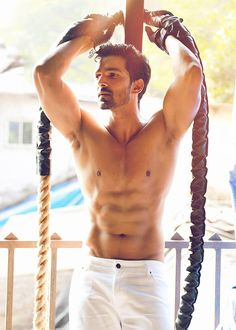 """Harshvardhan Rane: """"I had to go on the strict caveman diet where you eat only vegetables, chicken and egg whites""""   Don't  forget to like our page –  https://www.facebook.com/LowCarbPaleoShow/ https://www.facebook.com/LowCarbPaleoShow/"""