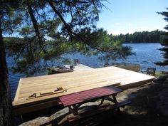 Outdoor Tables, Outdoor Decor, Water Walls, Picnic Table, Cabins, Sun Lounger, Platforms, Rocks, Cottage