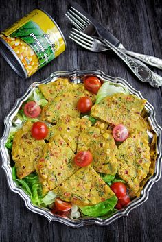 Corn and chives crepes - vegan Edith's Kitchen, Romanian Food, Romanian Recipes, Crepes, Avocado Toast, Guacamole, Mexican, Chicken, Breakfast