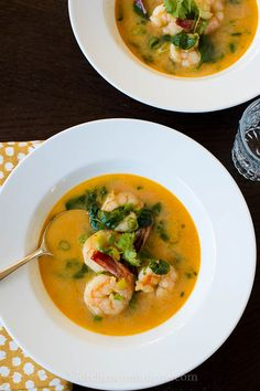 Thai-style Shrimp Curry :: Pressed for time? Try this curry in a hurry! Curry Recipes, Seafood Recipes, Asian Recipes, Soup Recipes, Cooking Recipes, Healthy Recipes, Ethnic Recipes, Cheap Recipes, Healthy Breakfasts