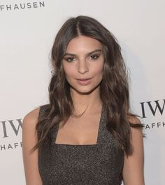 Emily Ratajkowski – Rodeo Drive Grand Opening : Global Celebrtities (F) FunFunky.com