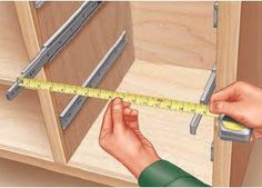 Woodworking Tips Building Drawers by Installing and Measuring the Drawer Slides First - By installing and measuring the drawer slides on your project before constructing the drawers, you can ensure an accurate, perfect fits. Woodworking Techniques, Easy Woodworking Projects, Woodworking Supplies, Diy Wood Projects, Woodworking Furniture, Woodworking Patterns, Woodworking Organization, Woodworking Basics, Design Projects
