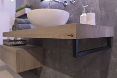 Wooden Base Block - LoooX Toilet Design, Bathroom Spa, Bath Caddy, Wood, Kitchen, Inspiration, Counter, Singing, Home Decor