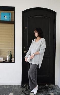 [reflower] 달코밍니트 / basic loose V-neck long knit : 리플라워