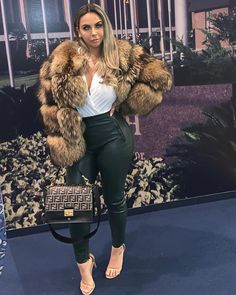 ALL the time - Kanye Sunday service . Fur Coat Outfit, Fox Fur Coat, Fur Fashion, Fashion Outfits, Style Fashion, Fashion Shoes, Fur Clothing, Coats For Women, Winter Outfits