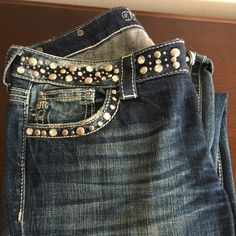 Miss me not cut.  Size 29 Wore these 5 times. Great condition. Loose string around zipper needs sawing. Miss Me Jeans Boot Cut