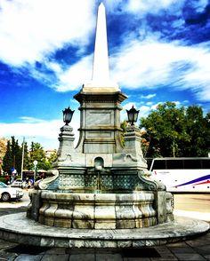 1889 yılında Sultan Abdülhamit'in Selanikliler'e hediyesi olarak yapılan Şadırvanın açılış günü çeşmelerden su yerine vişne şerbeti akması o dönemde büyük olay olmuştur..🇬🇷❤️🇹🇷 #selanikrehberi #selanikbekliyor #selanik #thessaloniki #θεσσαλονίκη #greece #instagreece #ig_greece #ig_thessaloniki #yunanistan #osmanlı #osmanlımimarisi #tarih #şadırvan #çeşme