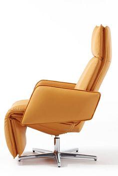 Contemporary small recliner