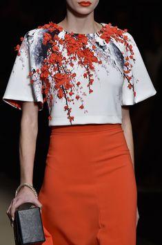 Elisabetta Franchi at Milan Fashion Week Fall 2015 - Details Runway Photos Couture Mode, Couture Fashion, Fashion Show, Milan Fashion, Embroidery On Clothes, Embroidery Fashion, Blouse Styles, Blouse Designs, Kleidung Design