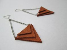 #Boucles d'oreilles triangle cuir