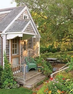Mrs Peeks Farmhouse: Outdoor Rooms