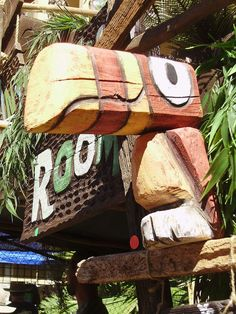 Driftwood sculpture tiki bird by Tiki tOny <3 <3 <3