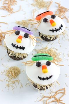 "We will be making these cute cupcakes for halloween... I love the crunchy noodle ""straw"" stuffing"
