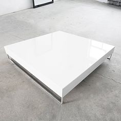 Drawing of Wide Designs of White Coffee Table with Storage