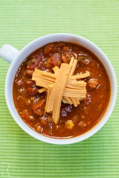 "#Vegan ""Doni"" Beer Chili with Ste Martaen Vegan Colby Cheese"
