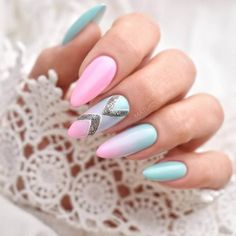 and # stylishwoman's nails, detail of I always pay attention to nails and it's a lot of help about a being. Blue Ombre Nails, Blue Glitter Nails, Gradient Nails, Pink Nails, Nail Art Design Gallery, Best Nail Art Designs, Gel Nail Designs, Cute Almond Nails, Almond Nail Art