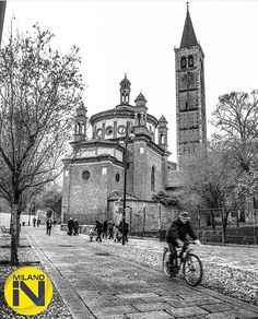 si congratula con:  @carbonauta per il bellissimo scatto  Milano @Milano_in bianco&nero 02/03/2016 è gradito il repost anche temporaneo.  #milano_in#mi_in_carbonauta #milanocentro #milano_forever #milanodavivere #milano #milanodavisitare #milanocity #mymilano #milanodavedere by milano_in