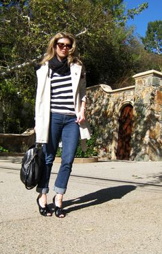 Great post on swapping up 1 piece of clothing to make many different looking outfits.