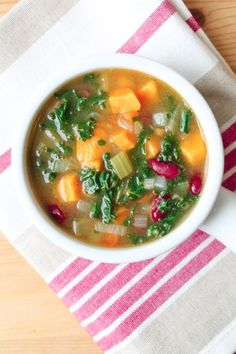 Detox Vegetable Soup - Vegan & Gluten Free - The Honour System - Fat flushing, veggie packed detox soup. Join me on a twelve day Clean Eating Detox/Cleanse!