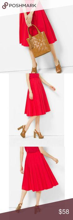 Michael Kors Cotton Poplin Midi Skirt Skirt features:  Beautiful Coral Color  Slightly pleated  Midi length  Elastic waistband for comfort  97% cotton 3% elastane Michael Kors Skirts