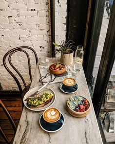Dating Single Mom Relationships - Dating Food Couple - Dating Outfit Black Girl - Coffee Dating Relationships - Dating Advice How To Get Brunch, Good Food, Yummy Food, Cafe Food, Aesthetic Food, Food Inspiration, Coffee Shop, The Best, Food Photography