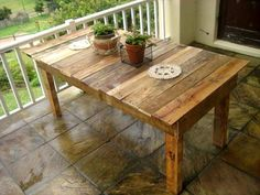 Pallet Dining Table - 25+ Renowned Pallet Projects & Ideas | Pallet Furniture DIY - Part 2