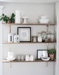 8 Ways Kitchen Shelves Will Rock Your World – You Need Open Shelving in Your Kitchen! – [pin_pinter_full_name] 8 Ways Kitchen Shelves Will Rock Your World – You Need Open Shelving… Modern Farmhouse Kitchens, Farmhouse Kitchen Decor, Home Decor Kitchen, Home Kitchens, Kitchen Ideas, Farmhouse Style, Kitchen Plants, Kitchen Trends, Kitchen Modern