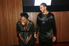 Colin Kaepernick Photos Photos - Leslie Jones and Colin Kaepernick attend the 2017 Time 100 Gala at Jazz at Lincoln Center on April 2017 in New York City. Girls Football Boots, Football Moms, Football Players, Jazz At Lincoln Center, Richard Sherman, Leslie Jones, Colin Kaepernick, Skateboard Girl, Power To The People