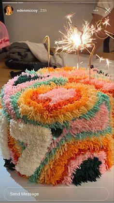 Pretty Birthday Cakes, Pretty Cakes, Beautiful Cakes, Amazing Cakes, Cake Birthday, Mini Cakes, Cupcake Cakes, Frog Cakes, Cupcakes
