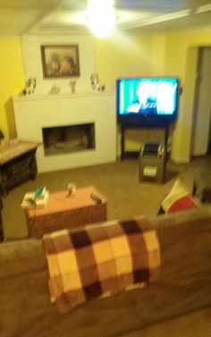 Moms living  room