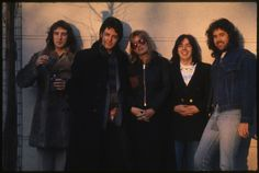 Wings in 1976 for the release of 'At The Speed Of Sound'. From left-to-right: Denny Laine, Paul, Linda, Jimmy McCulloch and Joe English