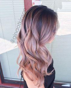 Εντυπωσιακά ροζ όμπρε μαλλιά!!!