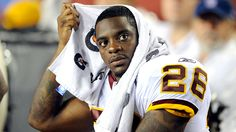Clinton Portis filed for Chapter 11 bankruptcy in November. And the filings, published by Deadspin, reveal that the former NFL running back owes a lot. Under The Veil, Nfl, Big Biceps, Defensive Back, Sports Headlines, Running Back, Washington Redskins, Kansas City Chiefs, New York Giants