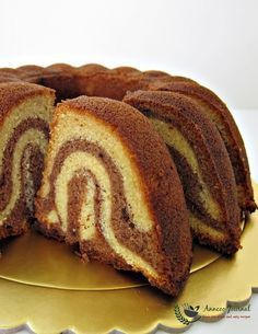 This orange chocolate cake with the pretty chocolate swirl inside is soft and tastes good with the sweet aroma and citrus flavour. Delicious Cake Recipes, Pound Cake Recipes, Easy Cake Recipes, Yummy Cakes, Dessert Recipes, Yummy Food, Desserts, Pound Cakes, Cup Cakes