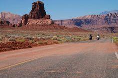 #route66 #USA  Ruta 66 a su paso por el desierto, EEUU  http://www.muchoviaje.com/oferta/viajes-a-estados-unidos/