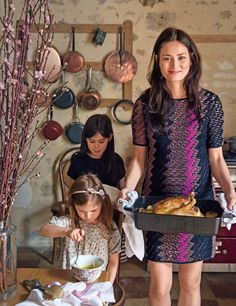 Entertain Like a French Girl: 7 Tips for Effortless Summer Parties. (Don't Skip No. French Dinner Parties, Mimi Thorisson, French Lifestyle, French Food, French Diet, French Style, Glamour, French Beauty, French Girls