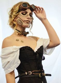 Steampunk Makeup Guide: Special FX Robot with Gears - For costume tutorials, clothing guide, fashion inspiration photo gallery, calendar of Steampunk events, & more, visit SteampunkFashionGuide.com