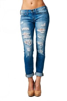 Sexy Boyfriend Jeans   You can find this at => http://feedproxy.google.com/~r/amazingoutfits/~3/zdrsSsr4OGw/photo.php