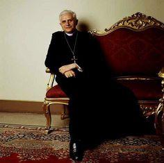 Pax et bonum Catholic Religion, Catholic Art, Roman Catholic, Catholic Pictures, Juan Pablo Ii, Pope Benedict Xvi, Pope John Paul Ii, Pope Francis, Priest