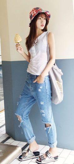 b27329ef3be Sleeveless button Top 5Cs - Box cut baggy jean - Double strap sandal - Bucket  Hat - Korean Fashion - Korean Style