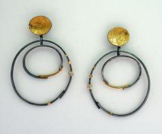 ER-193: Diamond Double Hoop earrings