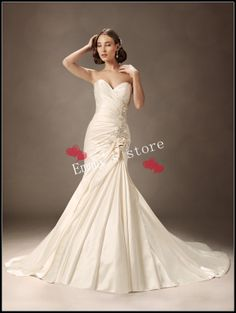 d836da2367 Sophia Tolli Bridal Paris satin is cut to perfection in Enobaria