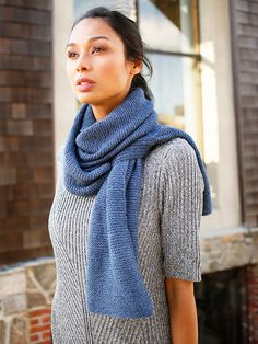 Beignet is a free scarf knitting pattern from the Berroco Design Team, knit with Berroco Folio.